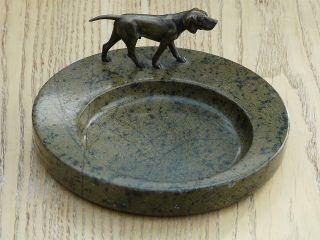 Visitenkartenschale,  Granit Mit Hund,  Jagdhund,  Wiener Bronze Bild