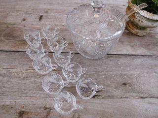 Alte Bleikristallbowle Handgeschliffen - Mit 10 Gläsern Bild