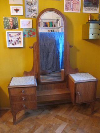 Frisiertisch,  Spiegelkommode,  Schminkkommode 50er Jahre Bild