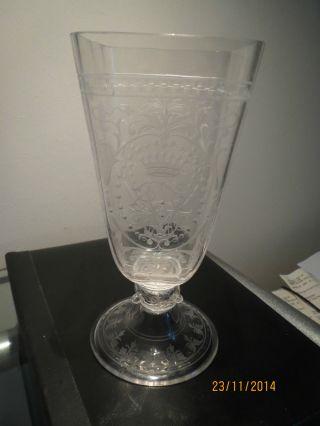 Glas Pokal Viereckige Cuppa Rundumschliff Dat.  2ten Februar 1892 Bild