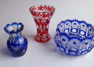 Überfangglas - Kristallglas - Kl.  Konvolut - 2 Vasen - 1 Schale - Alt - Top Bild