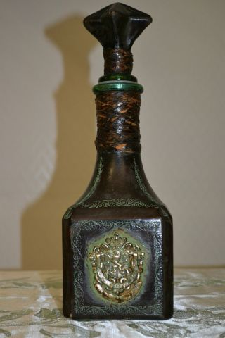 Alte Whisky Flasche Mit Leder Bearbeitet Lunion Fait La Force College Bild