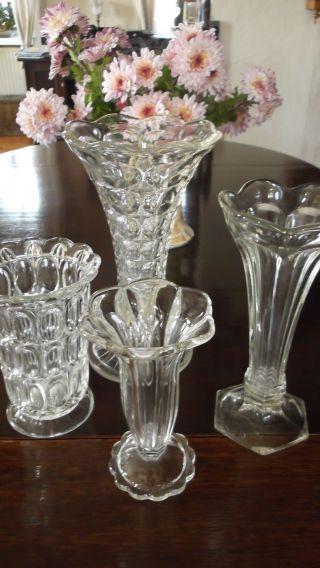 4 Glasvasen,  England,  Ca 1945,  Pressglas,  Vase,  Konvolut,  Shabby Chic,  Franske Bild