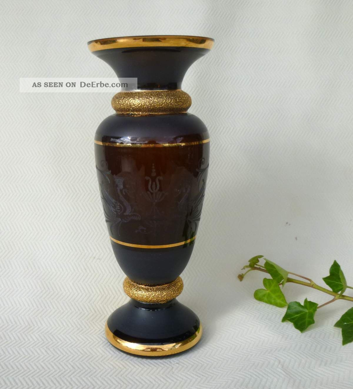 uralte entz ckende vase schwarzglas gold handgeschliffen b hmen 1899. Black Bedroom Furniture Sets. Home Design Ideas
