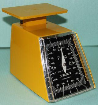 Alte Waage Marke Stube Bis 2 Kg Gelb Waage Küchenwaage Bild