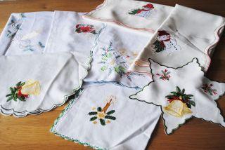 Konvolut Weihnachtstischwäsche Mitteldecken Läufer Deckchen Stickerei (1) Bild