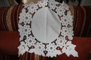 , Weihnach Idee,  Antik Leinen Mitteldecke,  Blumen Richelieu Stickerei, Bild