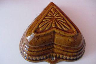 Alte Herz Backform Puddingform Kuchenform Aus Keramik Braun Lasiert Blumen Motiv Bild