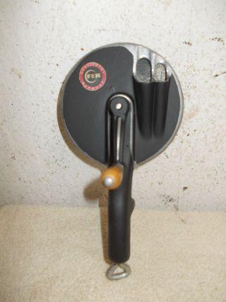 Alter Aufgearbeiteter Fer Bohnenschneider,  Bohnenschneidemaschine,  Bohnenschneider Bild