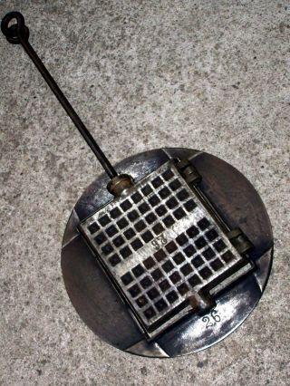 Altes Großes Guss Waffeleisen No.  26 Mit Ofenring Kohleherd Waffle Iron Fer Bild