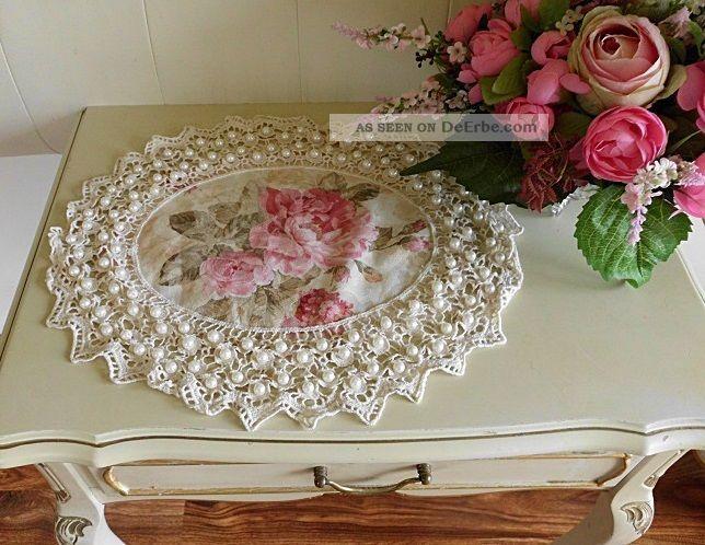 wundersch nes deckchen mit rosen und perlen shabby chic vintage landhaus oval. Black Bedroom Furniture Sets. Home Design Ideas