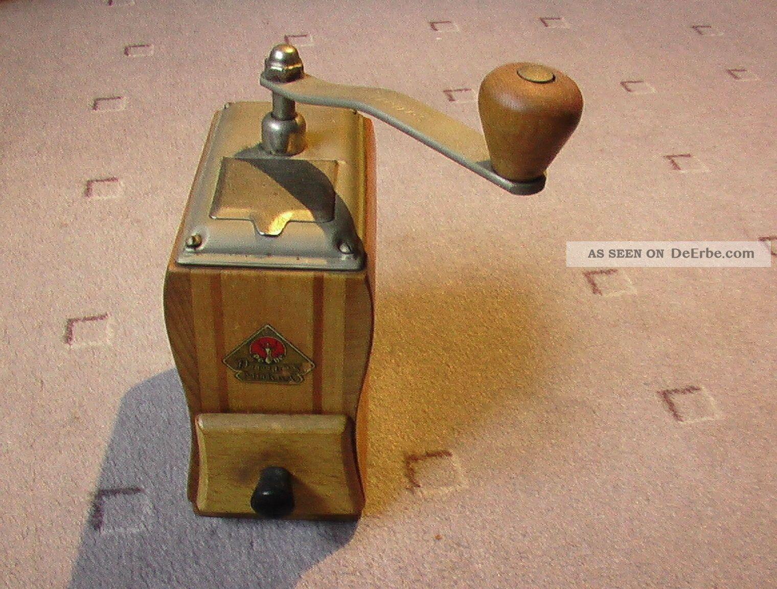 alte hand kaffeem hle nr 4 aus einer sammlung. Black Bedroom Furniture Sets. Home Design Ideas