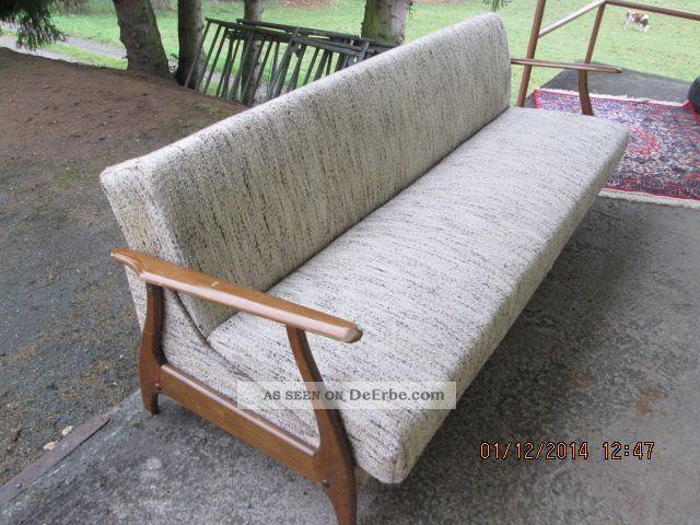 wundersch ne couch 50er jahre retro look schlafcouch. Black Bedroom Furniture Sets. Home Design Ideas