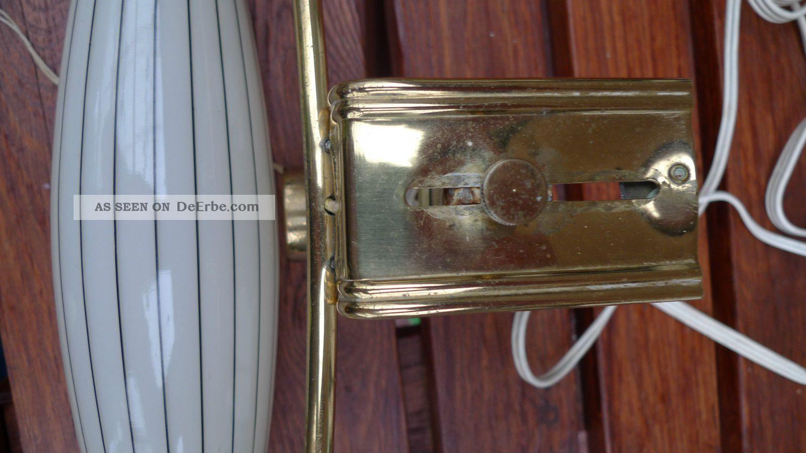 alte seltene lampe aus messing mit glaszylinder zum klemmen ans bett bild. Black Bedroom Furniture Sets. Home Design Ideas