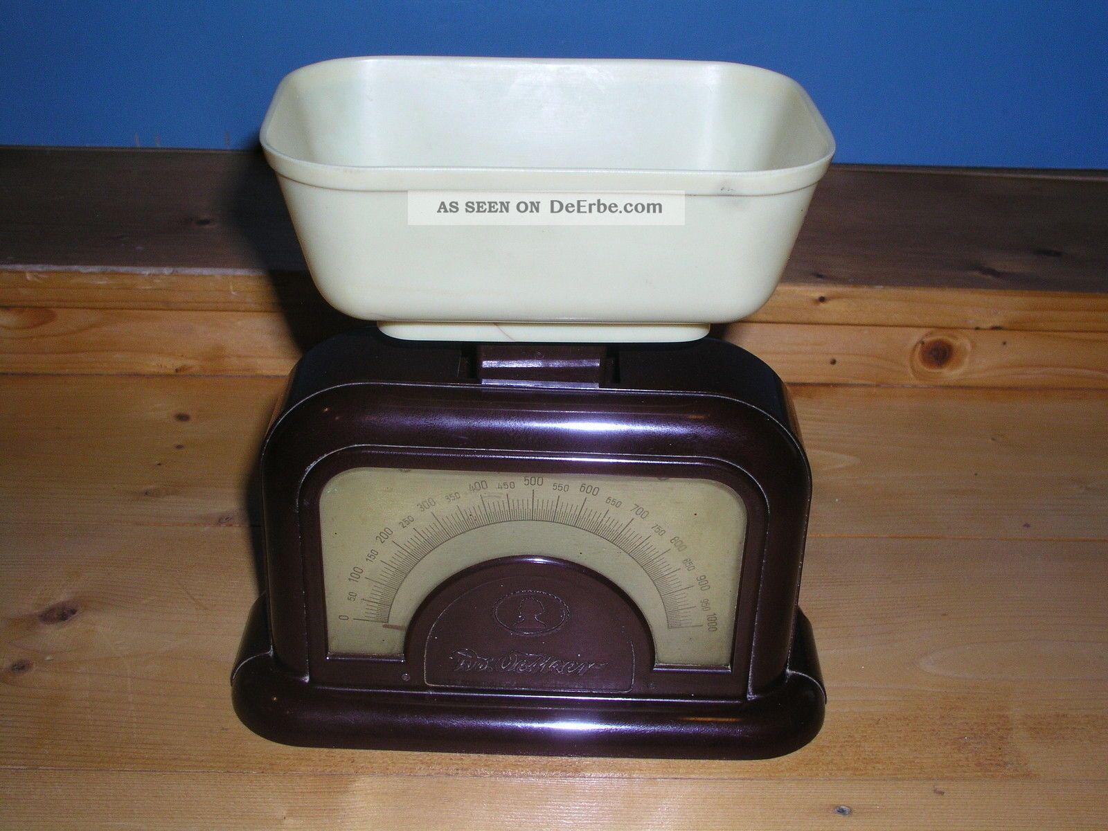 alte dr oetker waage aus bakelit messbereich bis 1000 gr ca 30 er j selten. Black Bedroom Furniture Sets. Home Design Ideas