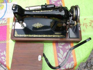 Elektrisch Singer Koffer - Nähmaschine Von 1928/29 M.  Zuberhör Voll Funktionsfähig Bild