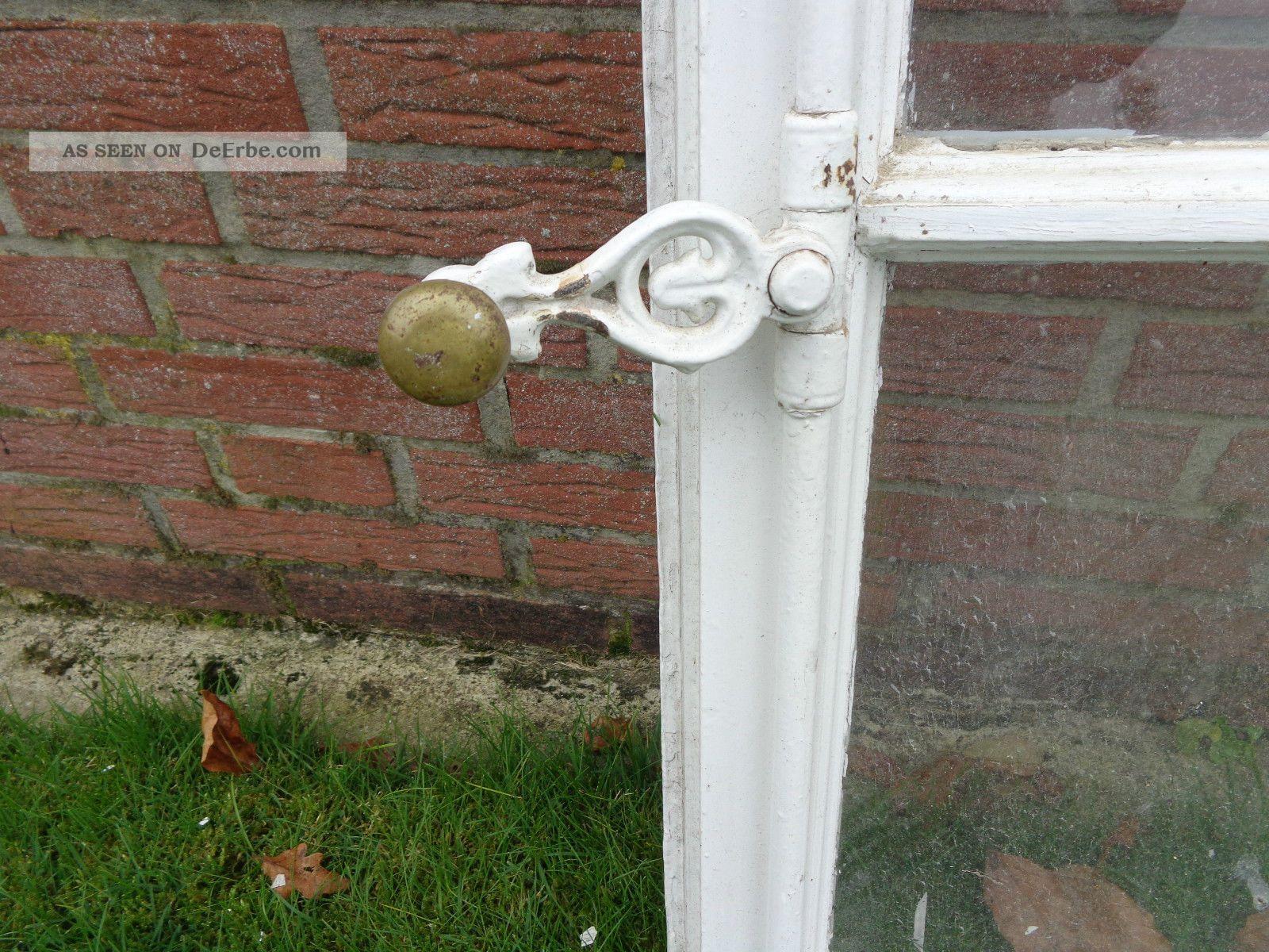 Historisches sprossenfenster aus holz vintage shabby - Sprossenfenster deko ...