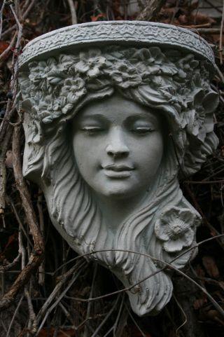 B - Ware 1/2 Preis Jugendstil Mädchen Wand - Konsole Relief Art Nouveau Steinfigur Bild