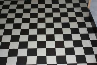 Bauhaus Stil Kacheln Fliesen Mosaik 5 M3 Schwarz / Weiß Signiert 10 X 10 X 0,  1cm Bild