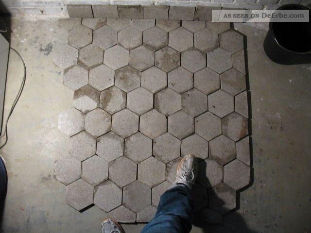 Alte Fußboden Fliesen Kaufen ~ Alte bodenfliesen fliesen eckig verm um er er jahre