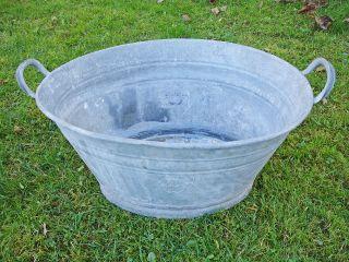 Kleine Zinkwanne Waschzuber Wanne Verzinkt Pflanzgefäß Pflanzkübel Garten Alt Bild