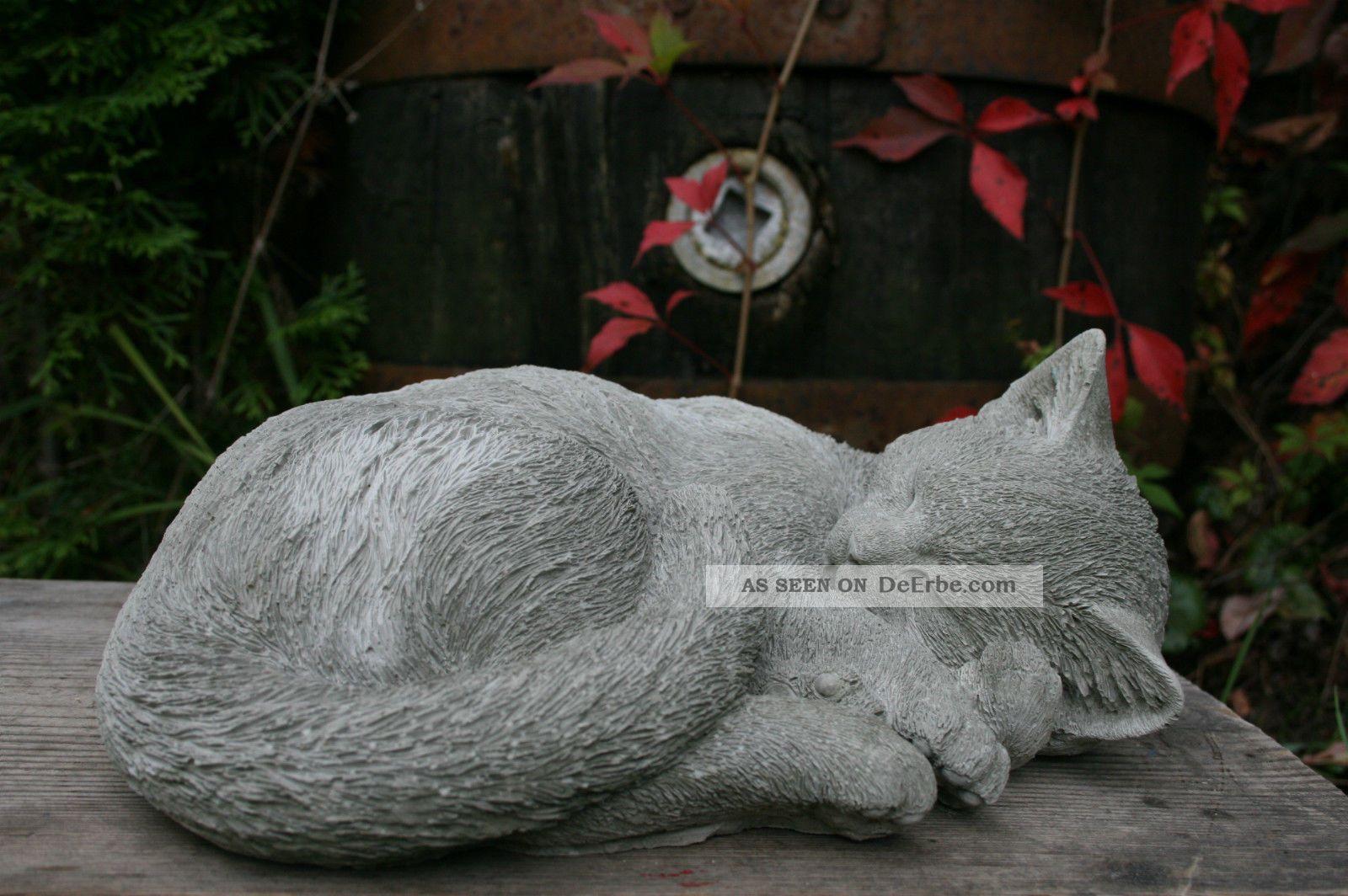Schlafende Katze, Steinfigur Frostfest, Steinguss, Katzen