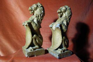 2 Aufrechte Löwen Mit Wappen,  Aus Gußmasse,  Bronziert,  Um 1950 Bild