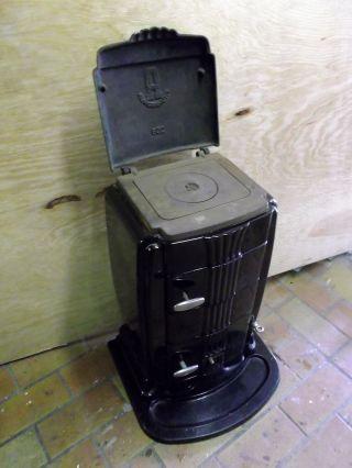 alter kohleofen klimaanlage und heizung zu hause. Black Bedroom Furniture Sets. Home Design Ideas