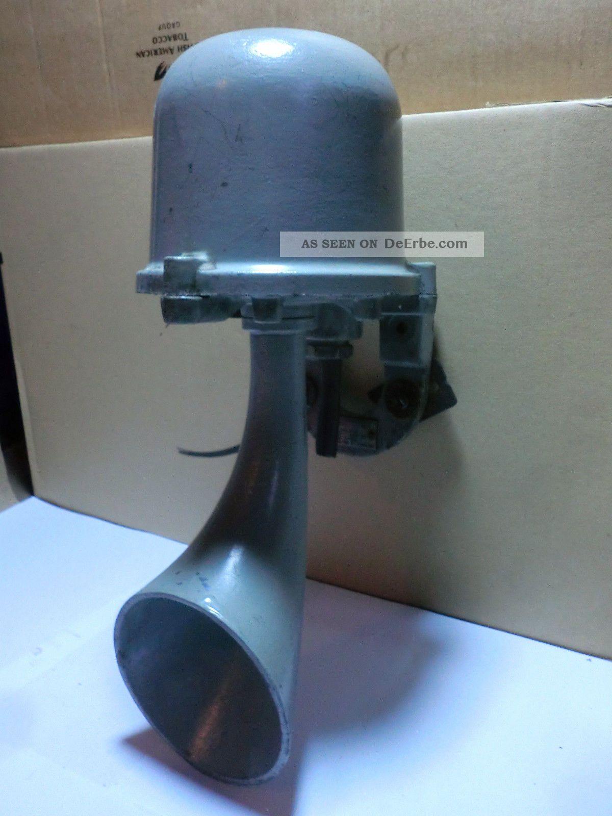 Alte Werkssirene Horn Klingel Sirene 220 Volt 20 Watt Veb Zwenkau Funkmechanik Original, vor 1960 gefertigt Bild