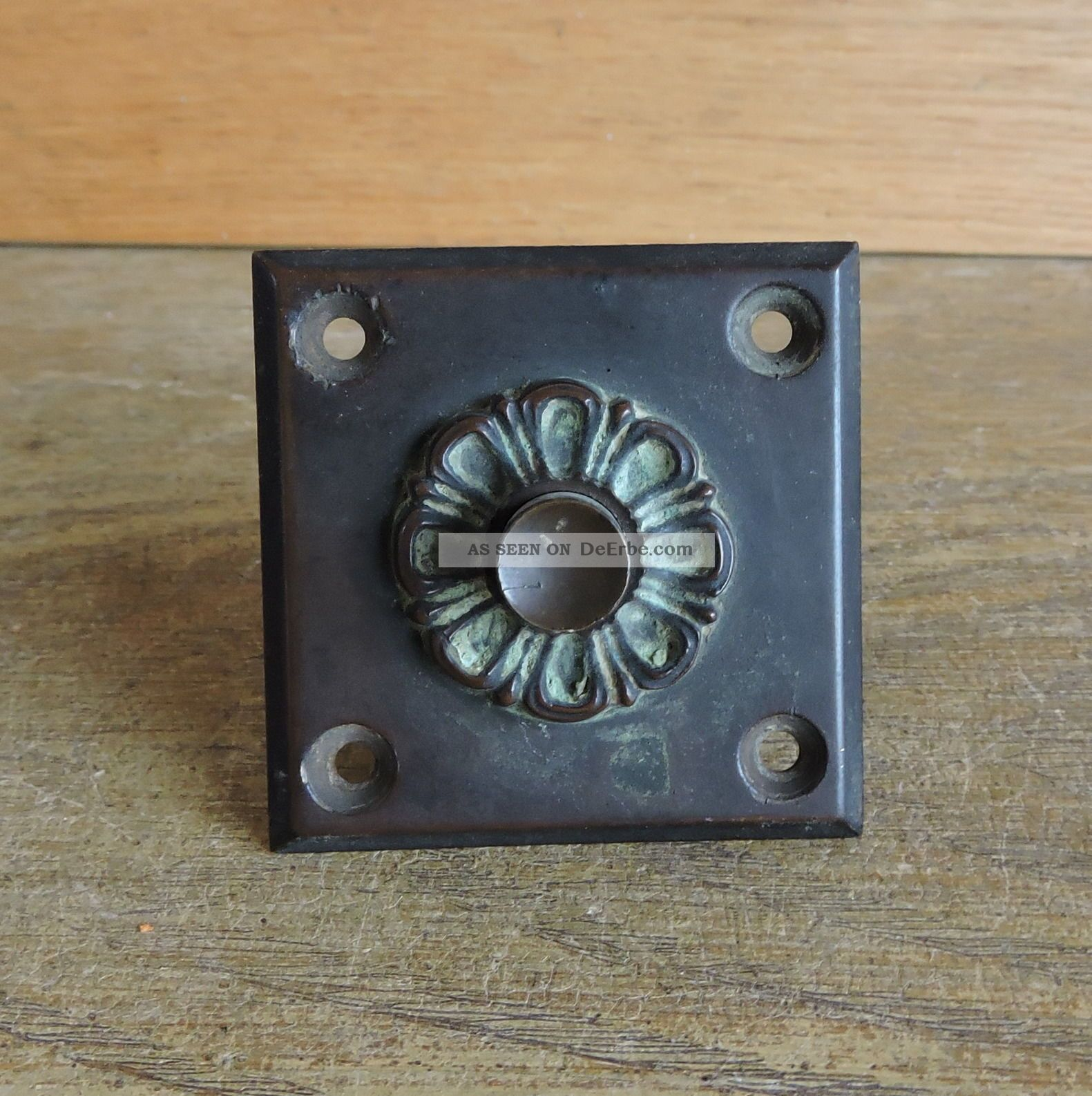 Alt Klingeltaster Hausklingel Schalter Glockentaster Messing? Metall 1900 Original, vor 1960 gefertigt Bild