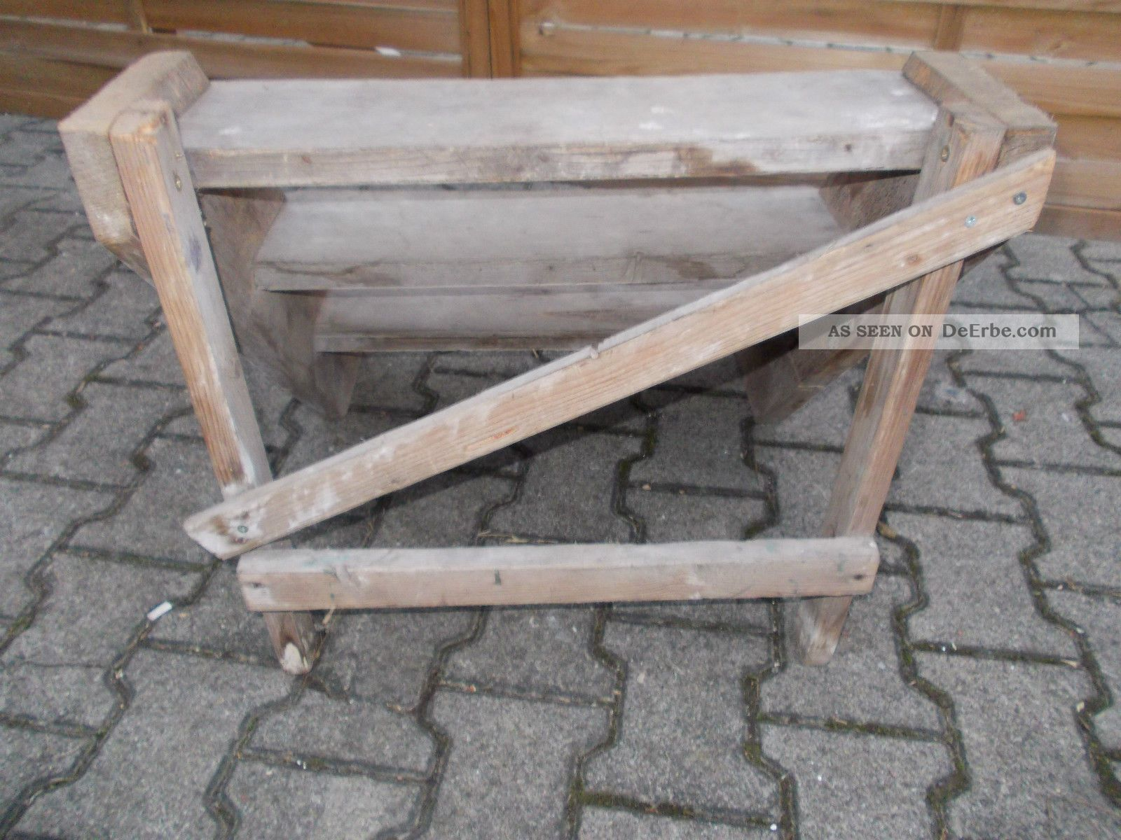 eine alte treppe mit terrasse erh lt eine neues aussehen. Black Bedroom Furniture Sets. Home Design Ideas