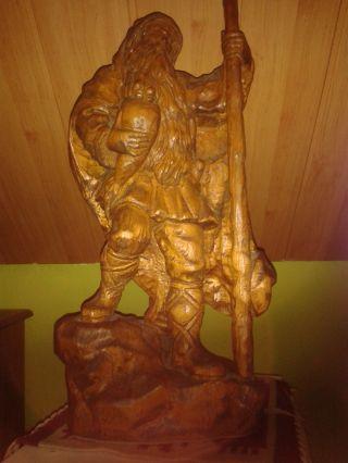 Holzfigur Groß Wanderer Bild