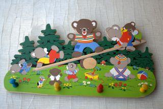 Hakenleiste /garderobe Für Kinder /kindergarderobe /kleiderhaken Aus Holz Teddy Bild