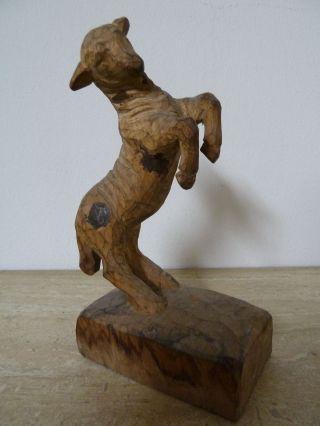 Springendes Lamm Krippenfigur Aus Holz Vom Bildhauer Bild