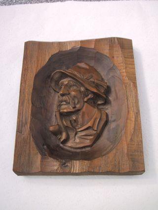 Holzschnitzerei Aus Tirol