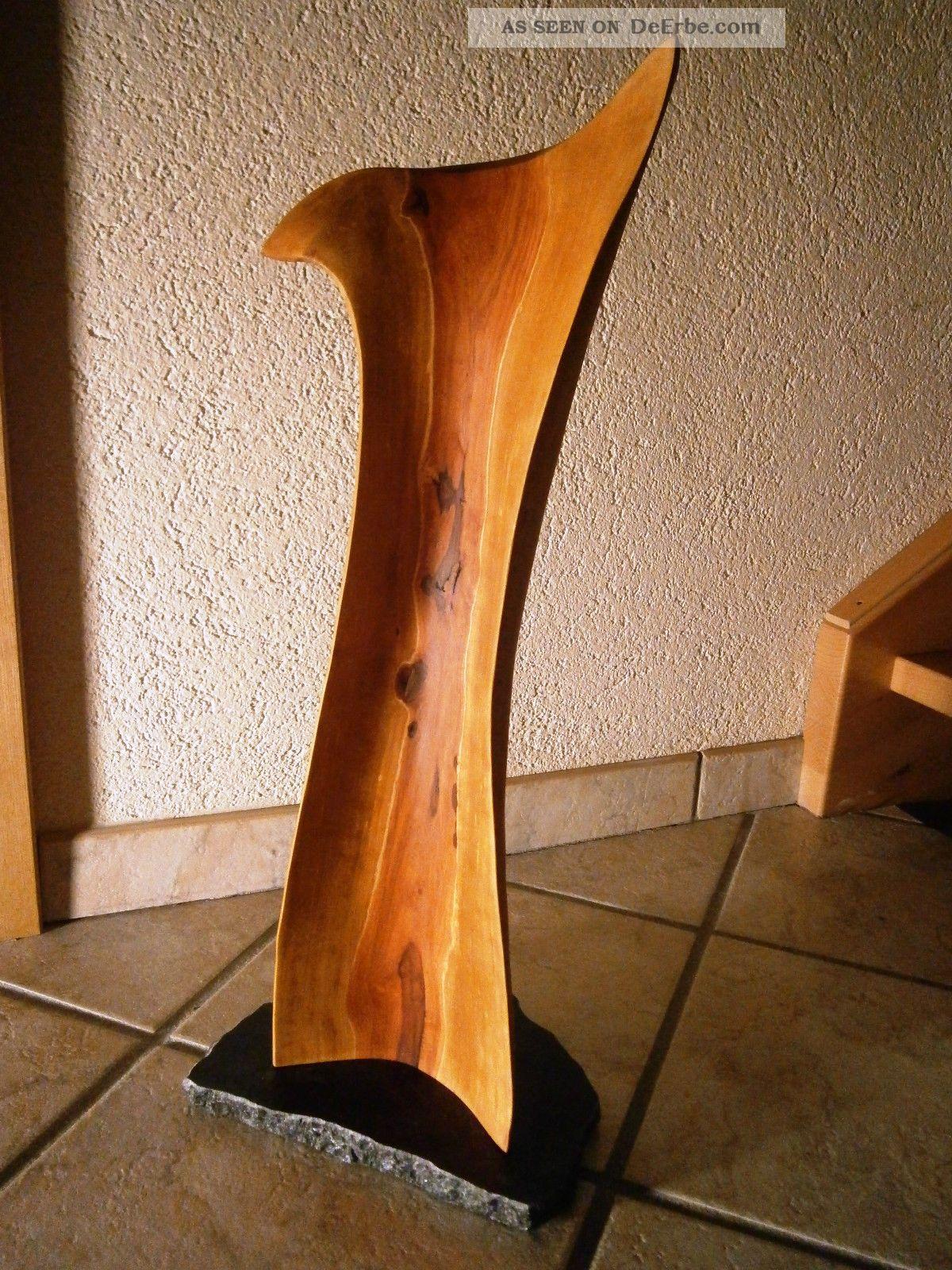 skulptur lignum byrum birnenholzskulptur sculpture
