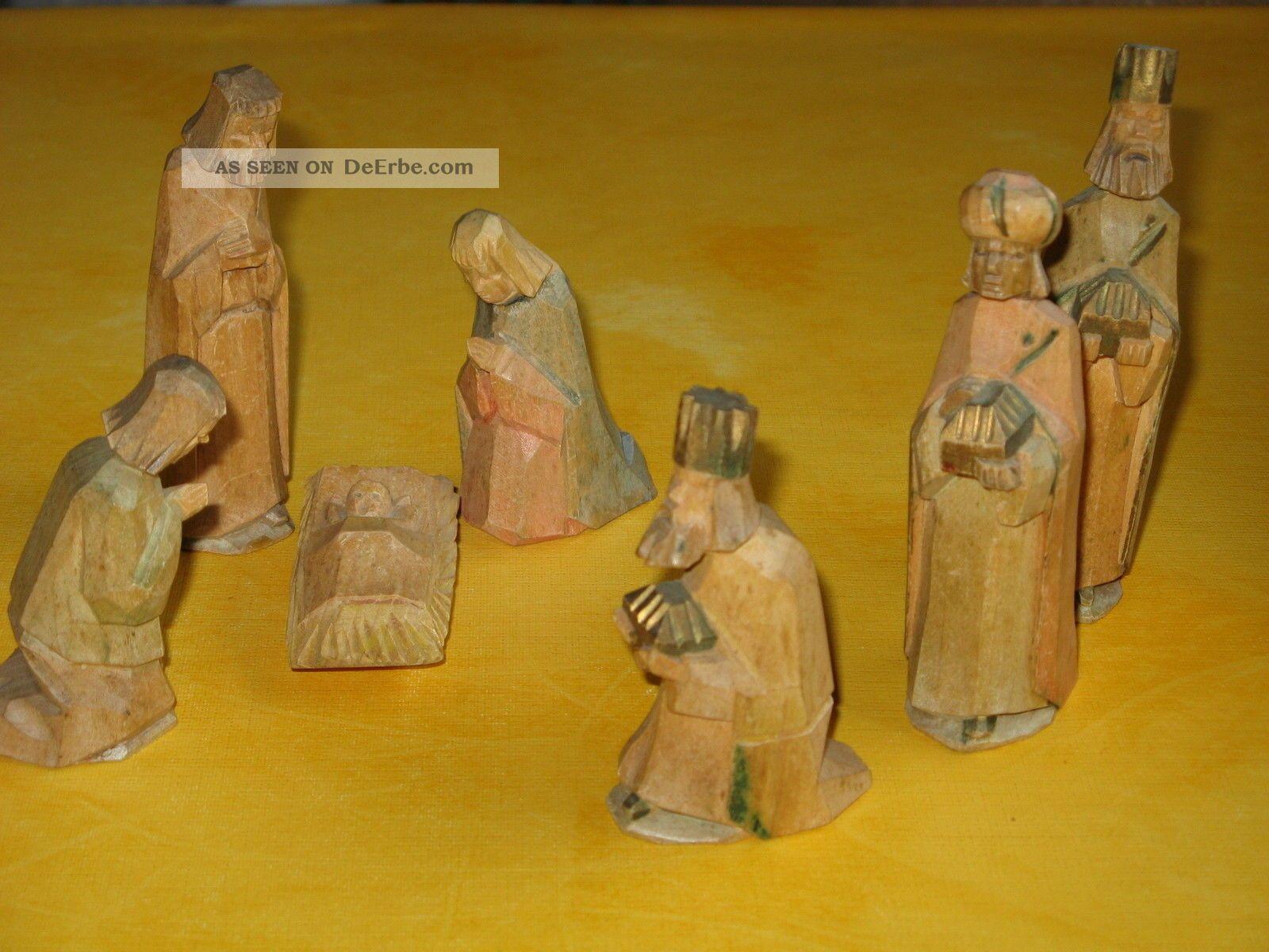 Krippenfiguren Handgeschnitzt uralte krippe krippenfiguren handgeschnitzt und naturfarben lasiert