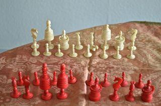 Schachspiel,  Feine Beinarbeit,  Aus Der Zeit Um 1850, Bild