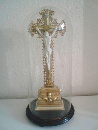 Tischkreuz Kreuz Mit Jesus Holz Mit Porzellan Unter Glaskuppel Antik Bild