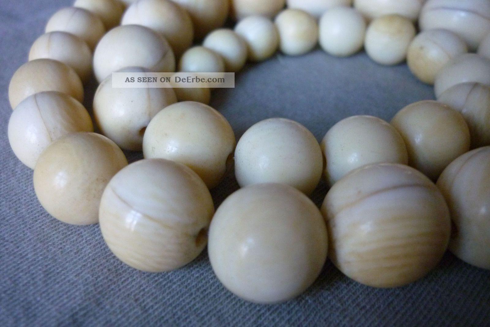 Altes Collier Halskette Rund Perlen 0,  8 Bis 1,  7cm Beinkette Um 1900 Länge 52cm Beinarbeiten Bild