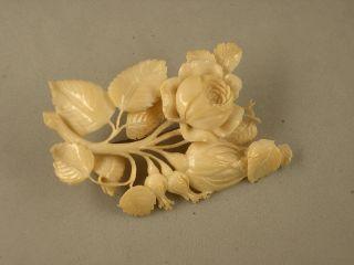 Antike Beinarbeit Aus Erbach In Form Von Blüten,  Knospen Und Blattwerk Um 1880 Bild