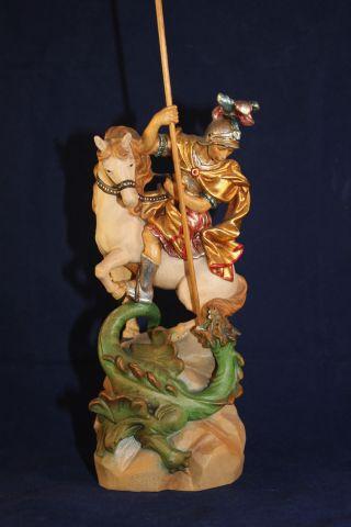 Holz Geschnitzte Heiligenfigur Drachentöter Auf Pferd Gold Und Bunt Gefasst L Bild