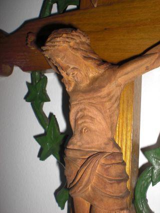 Kreuz Kruzifix Wandkreuz Holzkreuz Geschnitzt Dreinageltypus Jesus Inri Um 1945 Bild