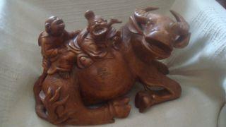 Chinesische Holzschnitzfigur Bild