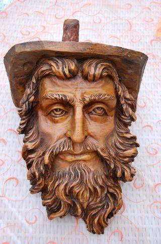 Holzschnitzerei Aus Einem Baumstamm - Großer Kopf - Hinterglemm 1991 Bild