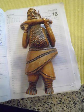 Benin Bein Flötenspieler V.  1930 H 19cm B 8cm. Bild