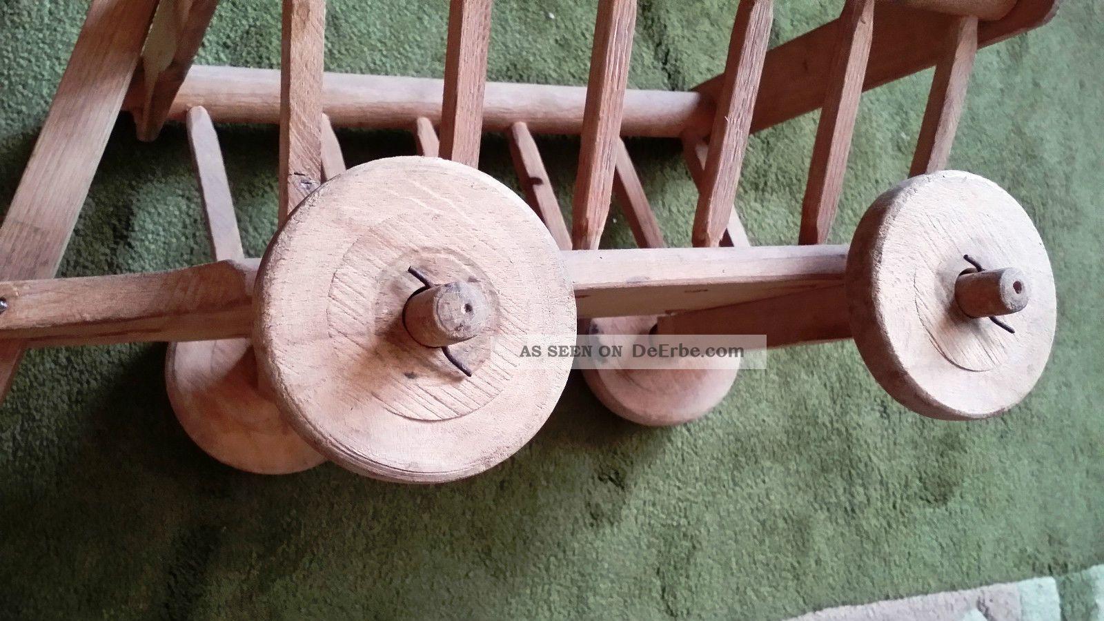 kleiner alter puppen handwagen aus holz handarbeit. Black Bedroom Furniture Sets. Home Design Ideas