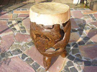 Elfenbeinküste Antike Trommel Afrikanische Holzschnitzerei Geschnitzt Handarbeit Bild