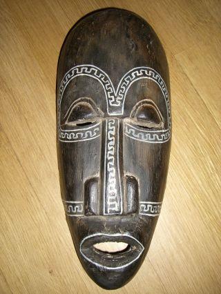 Sehr Schöne,  Alte Afrikanische Wandmaske Maske Aus Holz Geschnitzt Höhe Ca.  29cm Bild