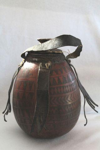 Äthiopien:butterfass,  Trinkflasche Alt,  Ethiopia Butter Churn,  Old Drinking Vessel Bild
